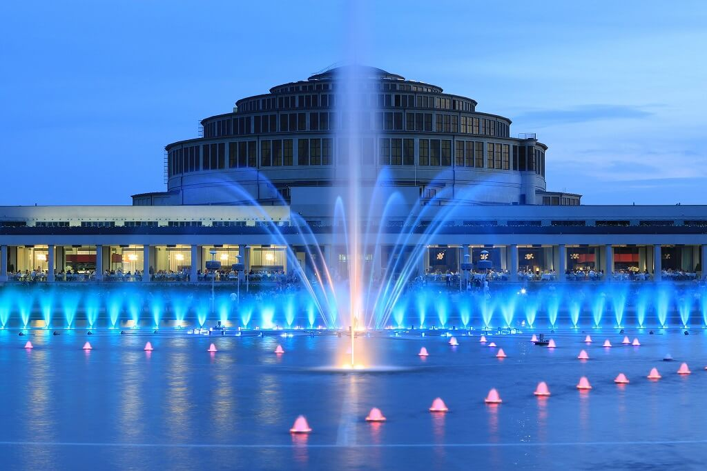 fontanna wokół hali stulecia