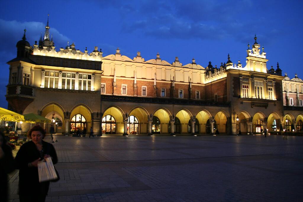 Sukiennice na Rynku głównym w Krakowie
