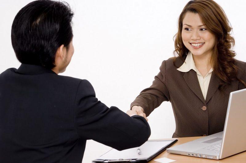 Jak zrobić dobre wrażenie podczas rozmowy kwalifikacyjnej?